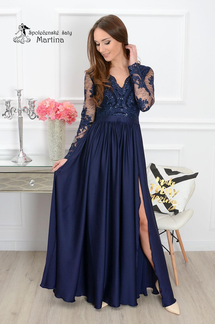 4a7e9b2b8d6b Dlouhé tmavě modré společenské šaty Lisa s krajkovými rukávy skladem