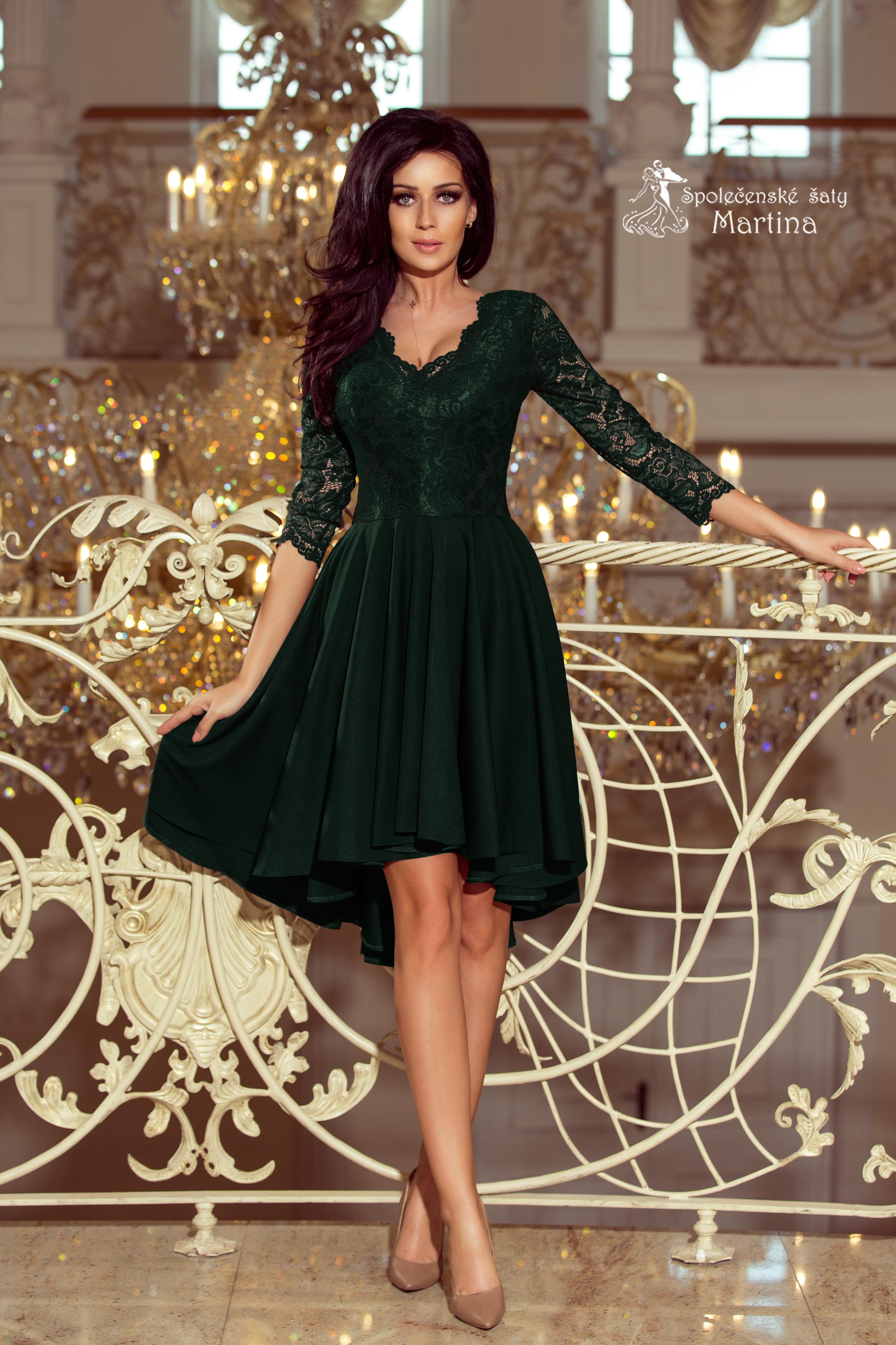 c1157f707540 Asymetrické šaty s krajkou a 3 4 rukávy