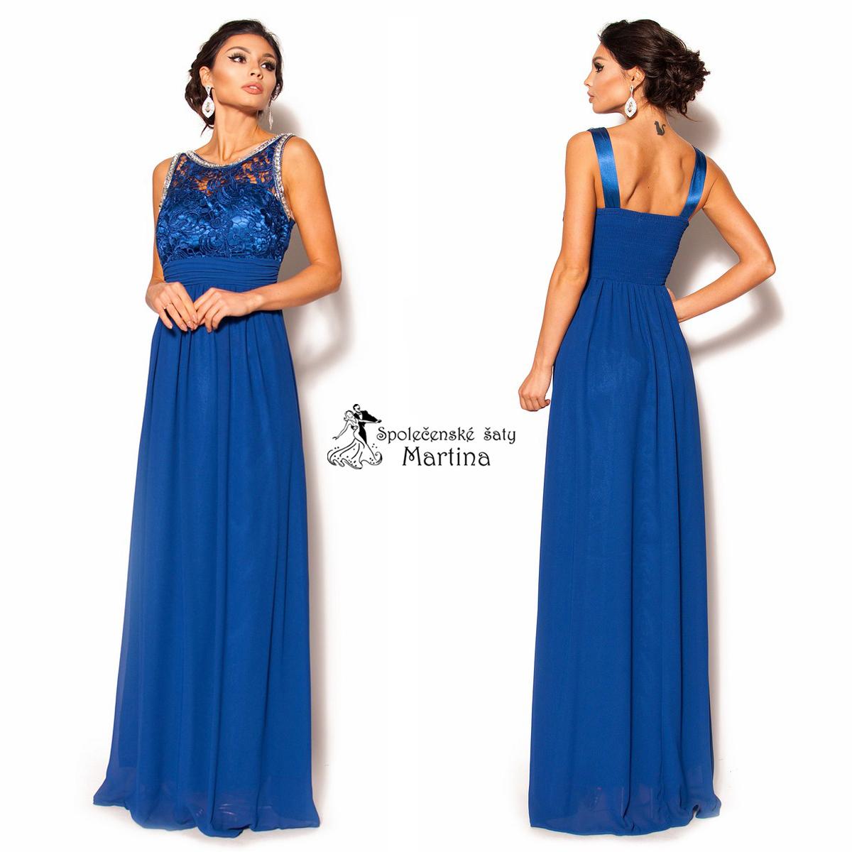 královská modrá. Krásné dlouhé šifonové šaty ... 235cbb2fd58